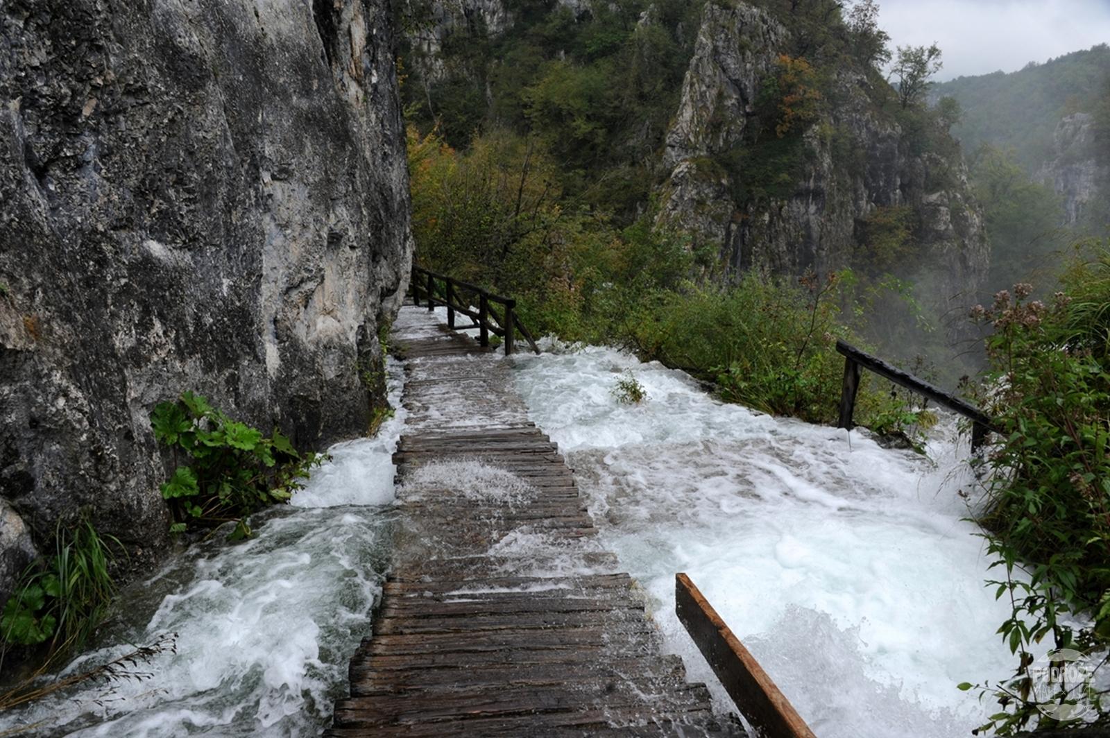 Chorwacja Jeziora Plitwickie Park Narodowy zalane