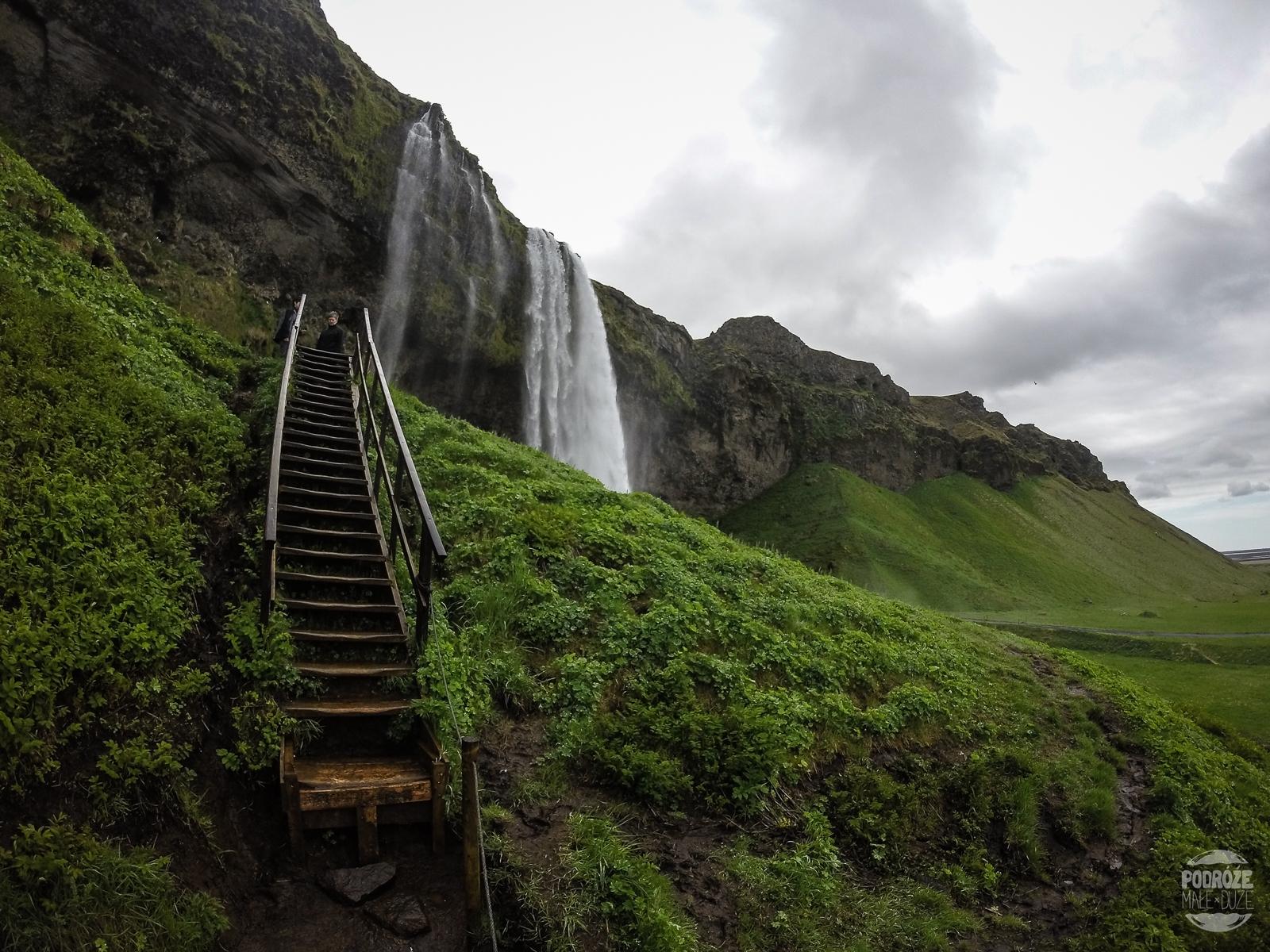 wodospad Seljalandfoss Islandia