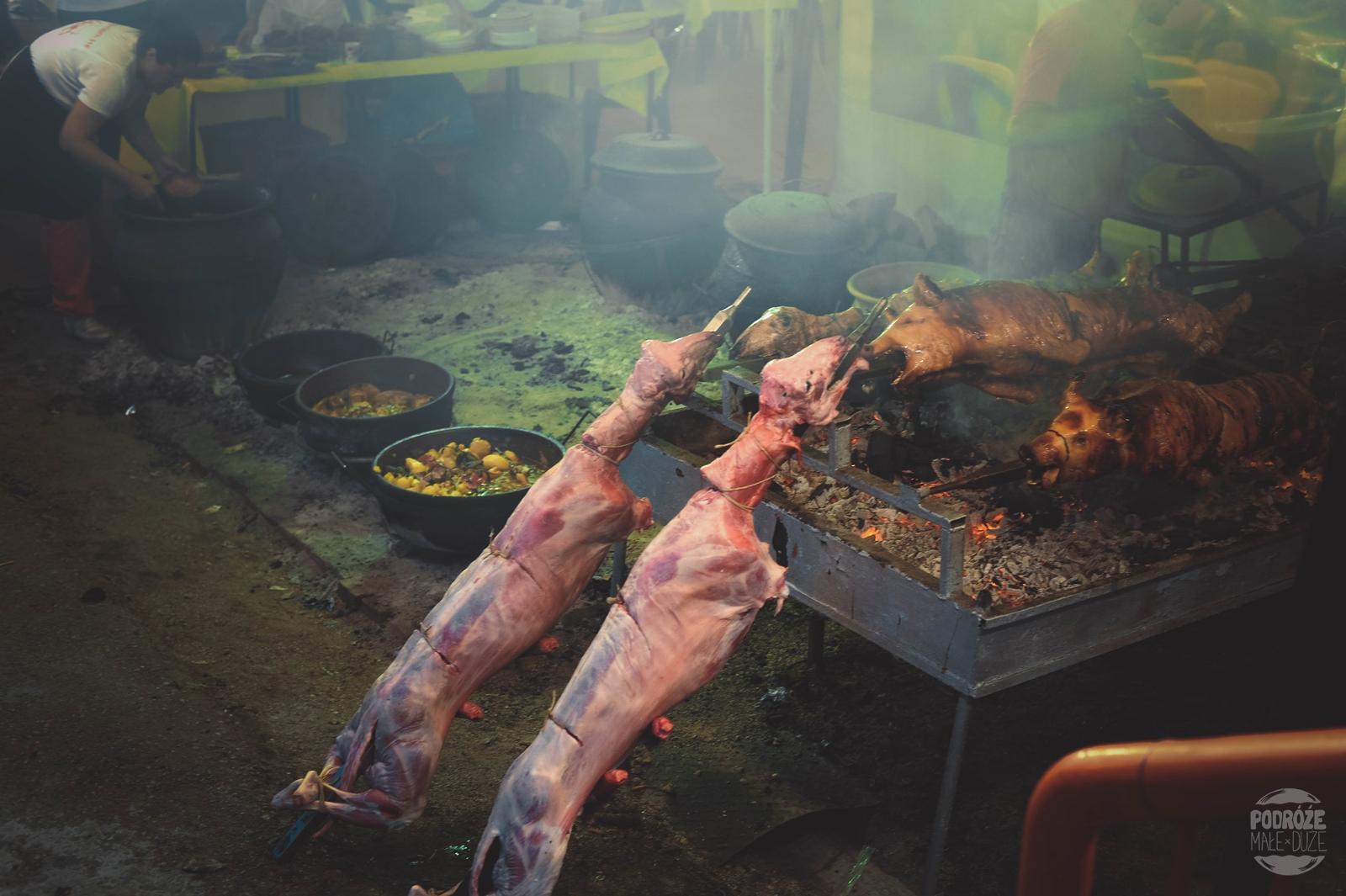 Serbia festiwal trąb w Guca jedzenie