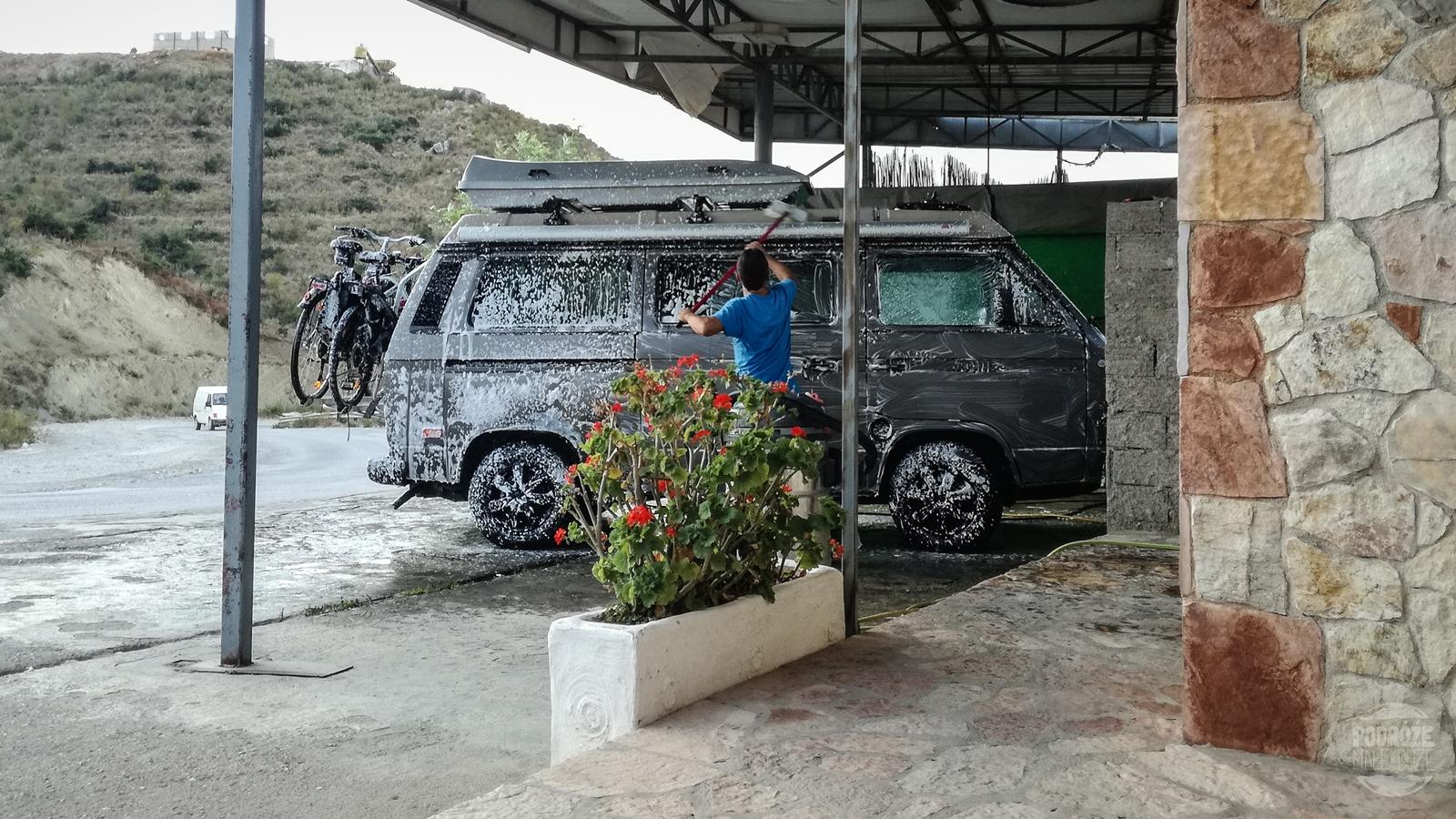 Myjnia samochodowa w Albani